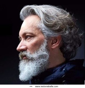 Wavy Hairstyle for Older Men